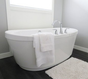 bathtub-2485957__340